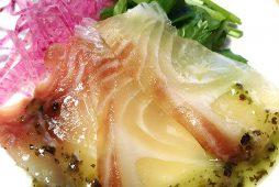 タイのカルパッチョ コリアンダー風味