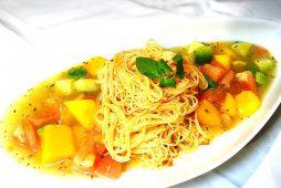 トマト&アボカドの冷製パスタ柑橘風