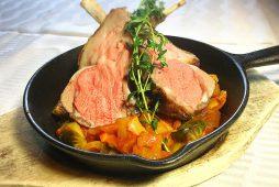 骨付きラム肉のロースト<br /> 春野菜ラタトゥーユ