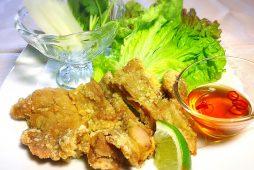 鶏唐揚と春野菜の手巻き<br /> ~ベトナム風~