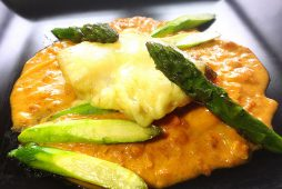 アスパラと真鱈のチーズ焼き~トマトクリームソース~