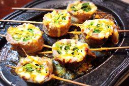 八雲豚のしゃきしゃき巻串<br /> ~3種のチーズソース~