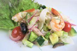 夏野菜とエビとタコとイカのセビッチェ