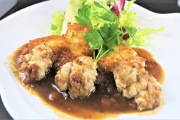 真鱈のパン粉焼きとタチのムニエル(こがしバターソース)