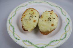 ポテトチーズのクロスティーニ