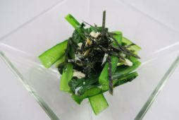 蒸し鶏と小松菜の土佐酢