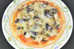 真鱈と木ノ子のピザ
